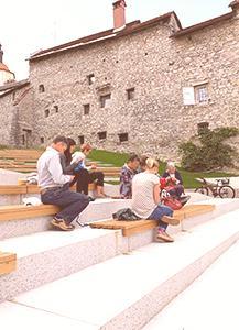 Rokodelstvo v javnem prostoru in Kavarna Štrikeraj